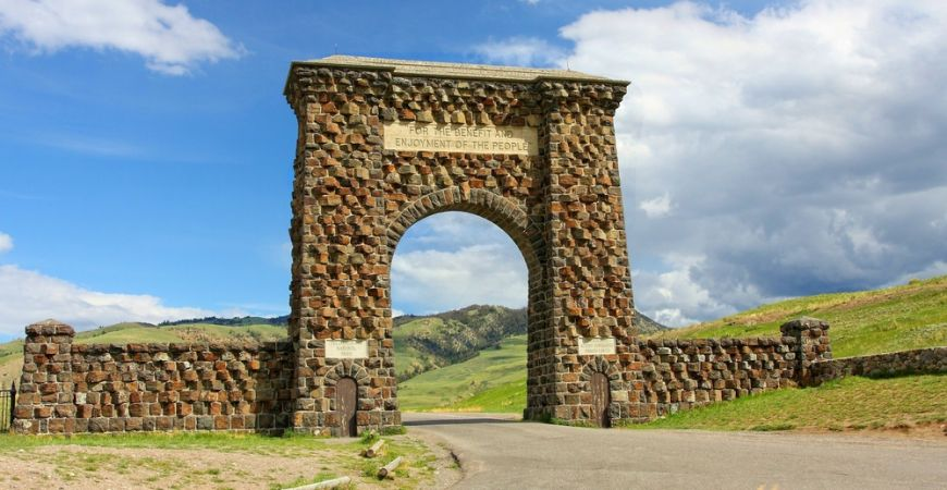 Roosevelt Arch - Yellowstone